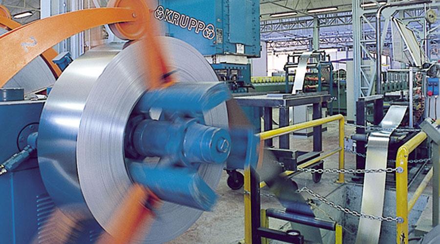 macchinario industriale in funzione