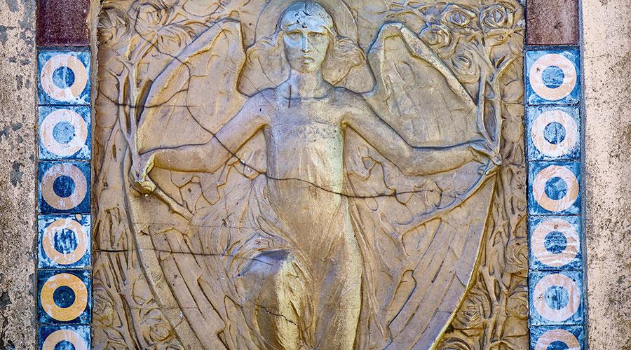 scultura in bassorilievo
